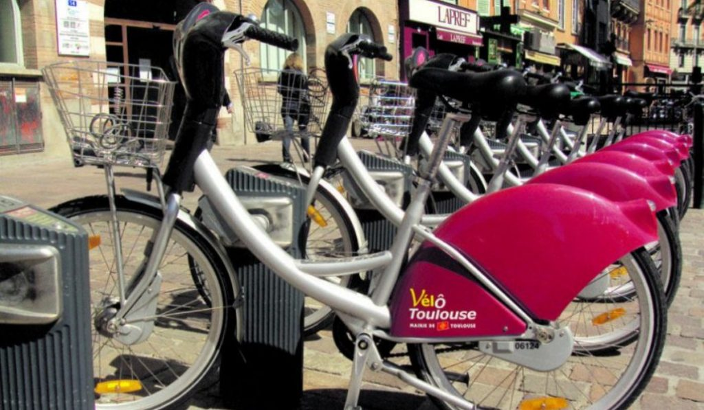 Coronavirus : VélôToulouse gratuit pour le personnel soignant pendant un an