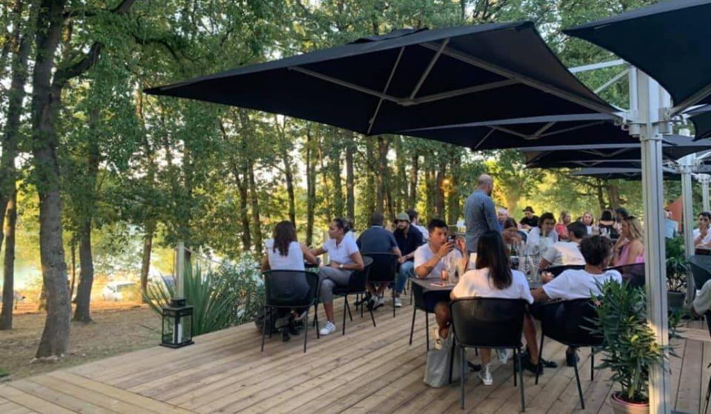 Le Lac du Bistroquet : un nouvel havre de paix où bien manger près de Toulouse !