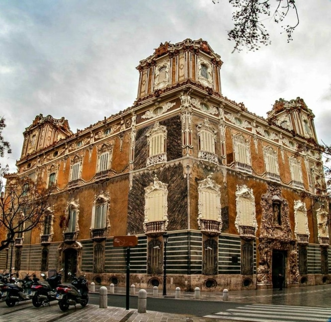 Edificios de cuento: conoce los Palacios de Valencia