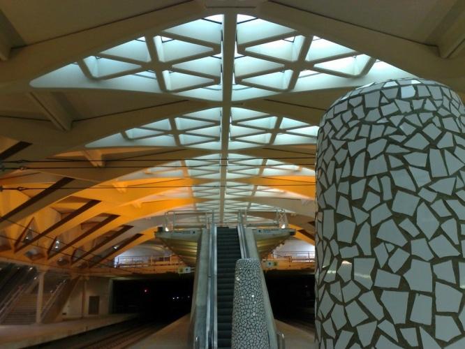 ¿Te conoces el metro de Valencia? Adivina sus paradas con emojis