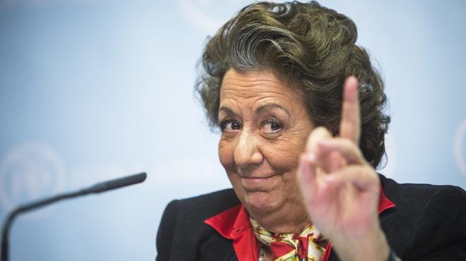 Los memes de Rita Barberá por no renunciar a su escaño, te harán llorar de la risa