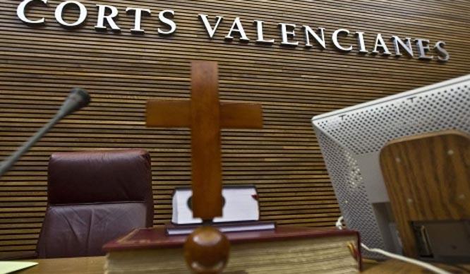 ¿Valencia laica? Ni símbolos ni actos o conmemoraciones religiosos
