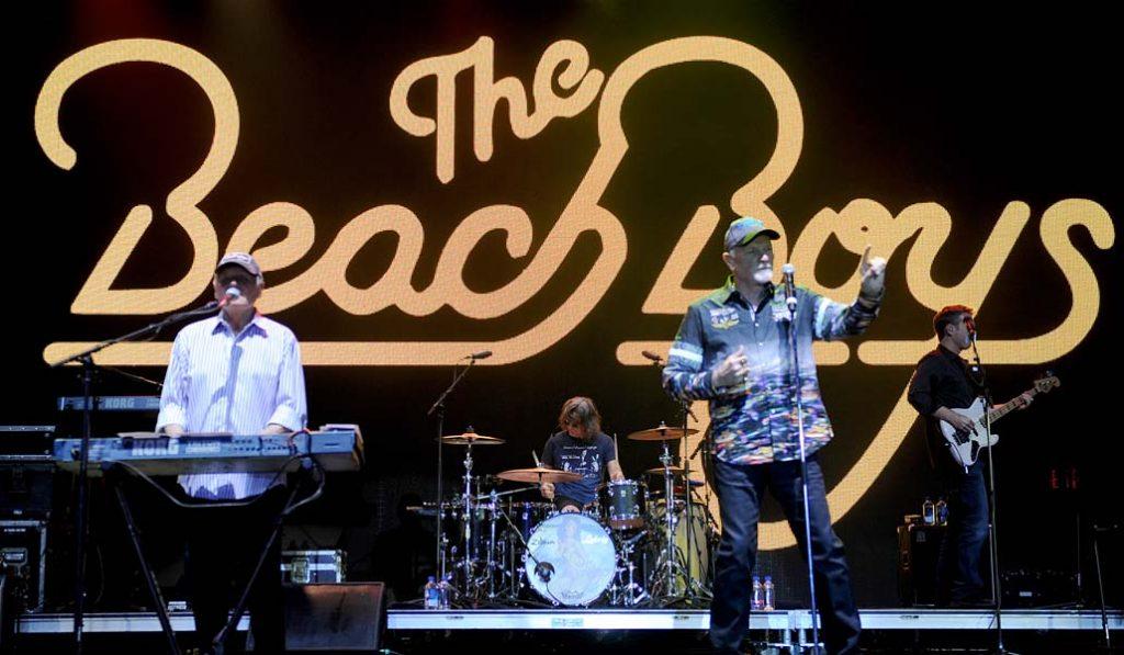 Surfeando Valencia con música: ¡vienen los Beach Boys!