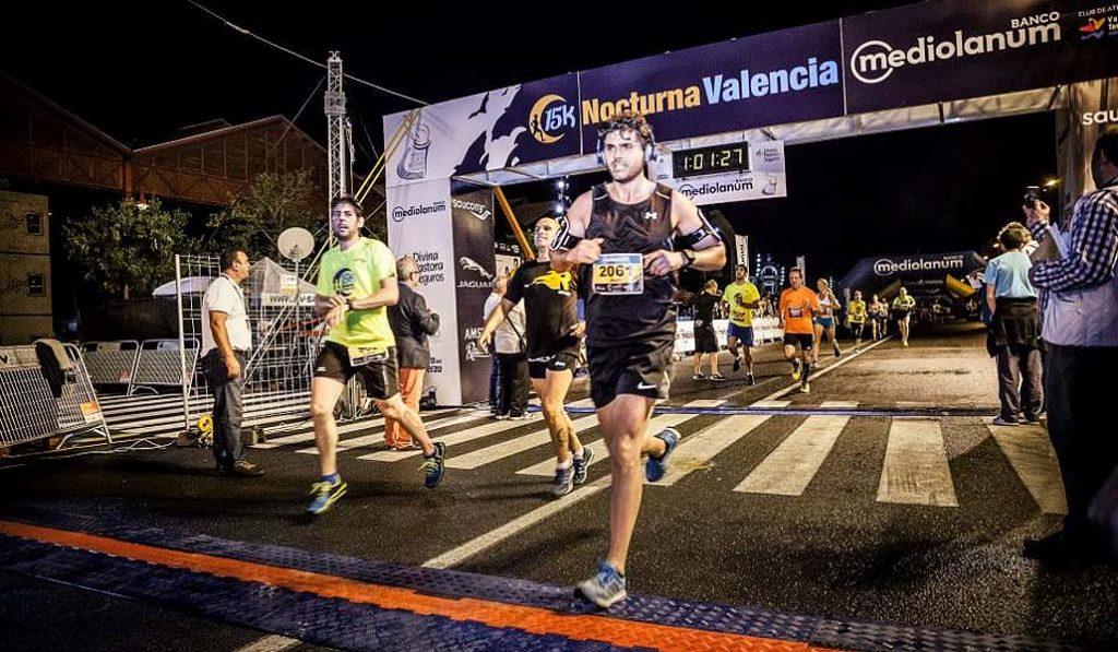 Una carrera nocturna: la 15K se corre este sábado en Valencia