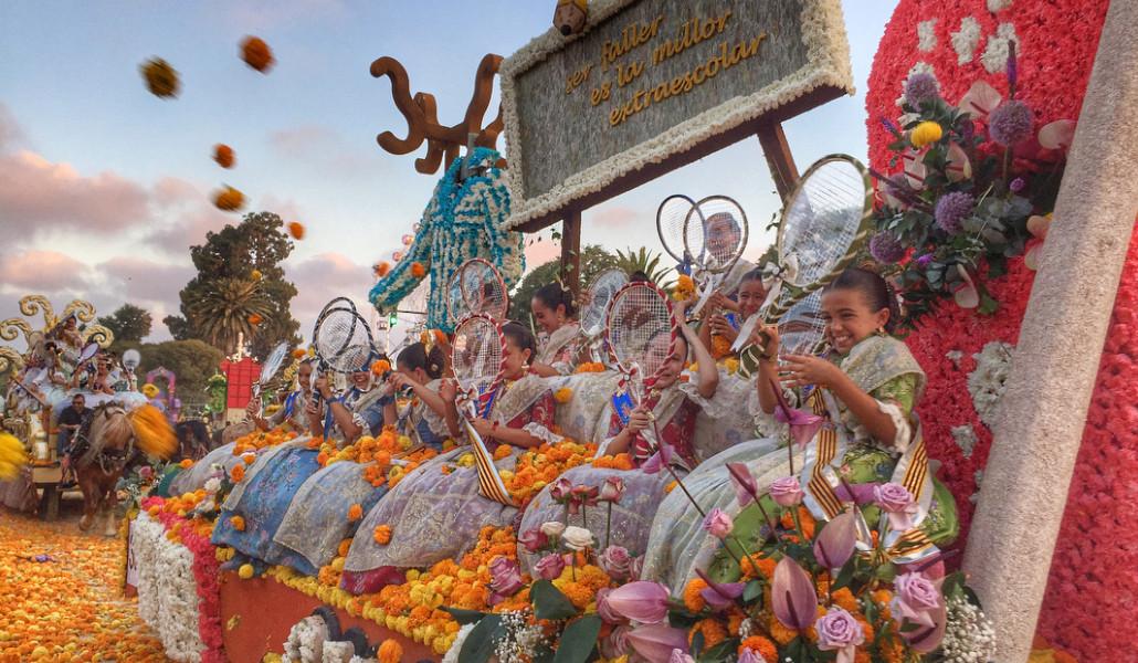 Palcos y entradas para ver la Batalla de Flores: dónde y cómo conseguirlos