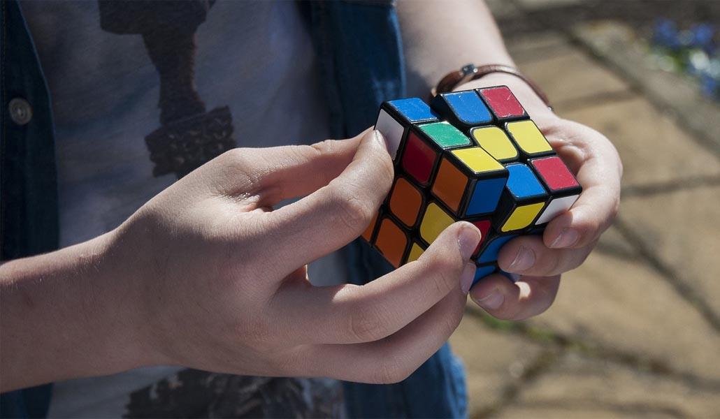 De Valencia al mundo resolviendo un cubo de Rubik