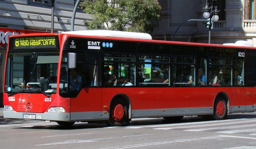 Los autobuses de la EMT circularán las 24 horas durante los días grandes de Fallas