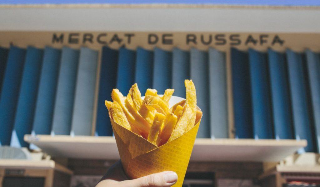 La Patatería, el local de Valencia que guarda el secreto de las patatas fritas belgas