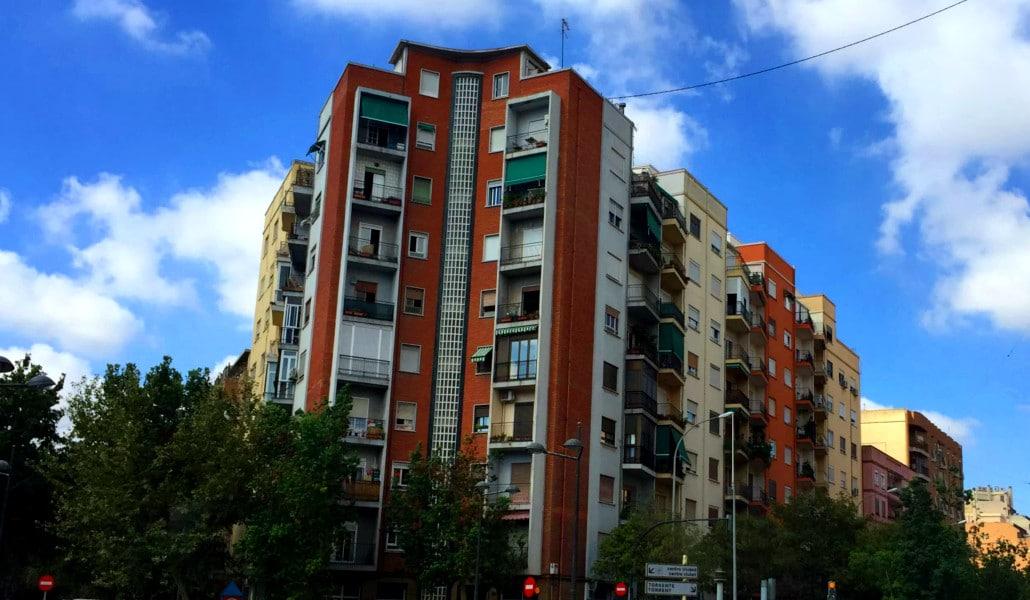 Tres Forques 1: el «edificio maldito» de Valencia