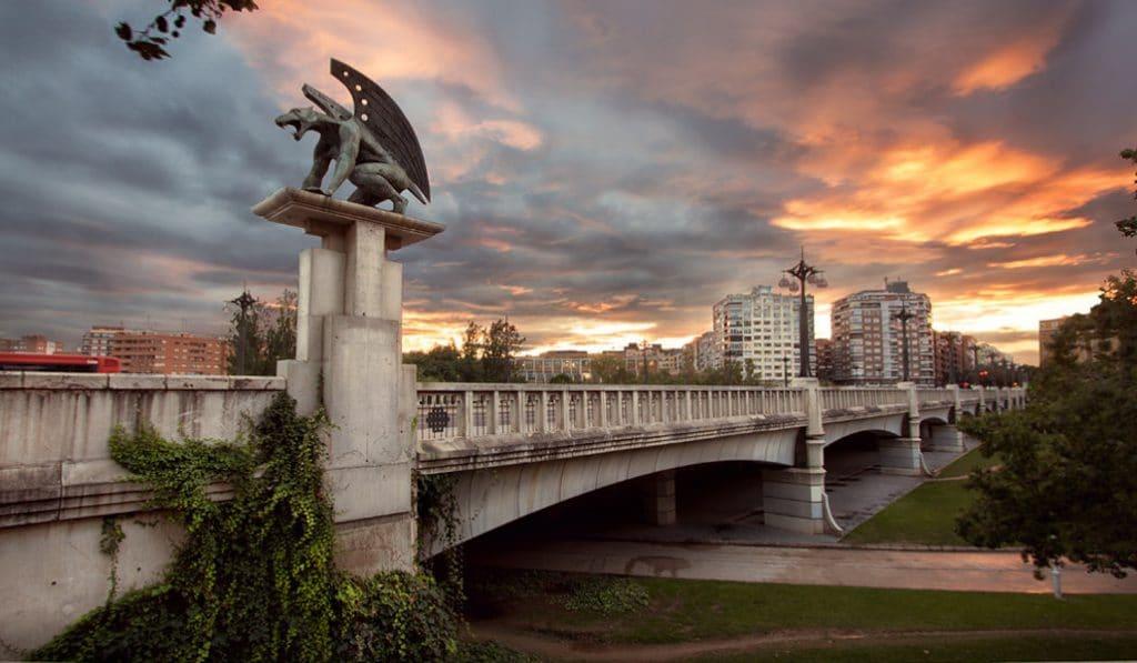 Valencia, la ciudad de los 18 puentes