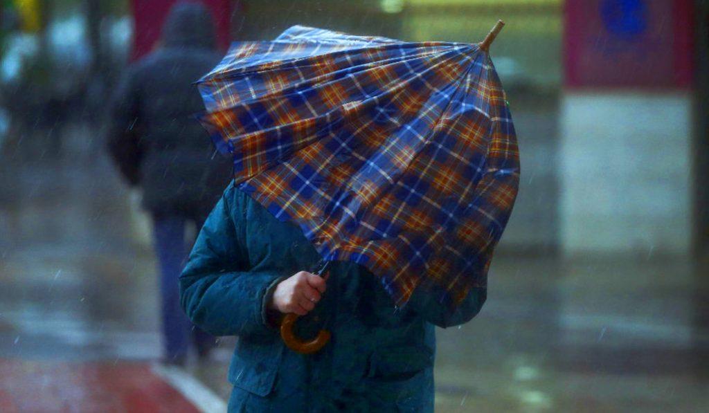 10 cosas que pasan cuando llueve en Valencia
