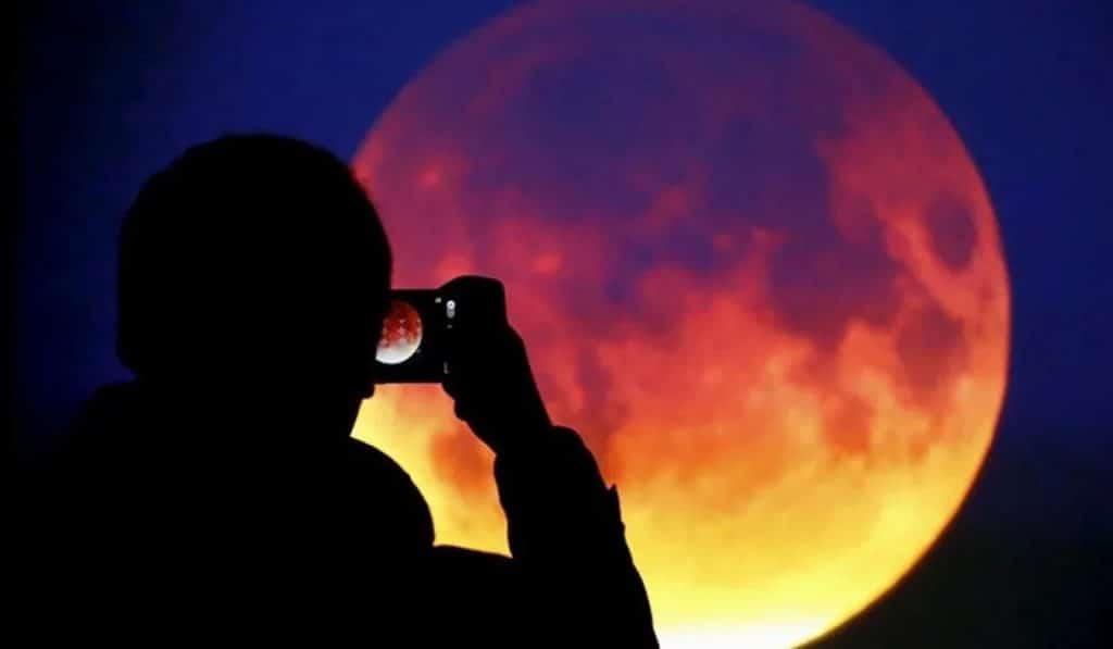 eclipse lunar valencia