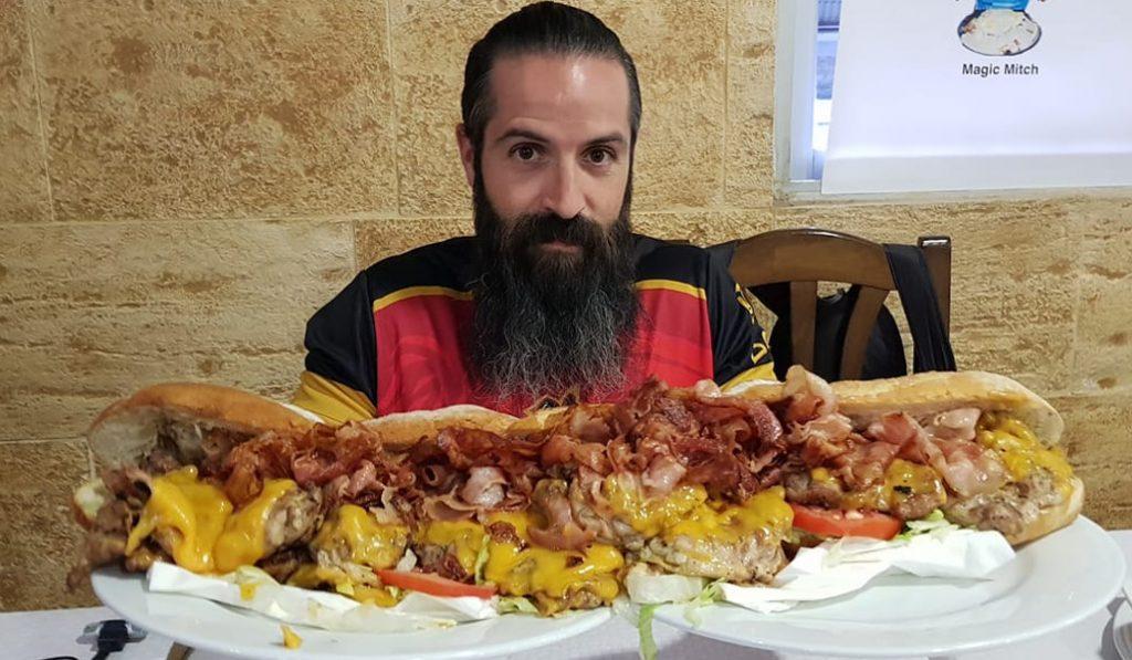 El último récord en Valencia: comerse un 'esmorzar' gigante en 25 minutos