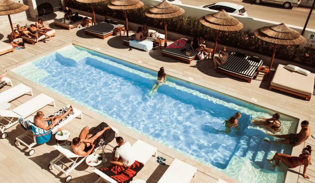 Terrazas de Valencia con piscina