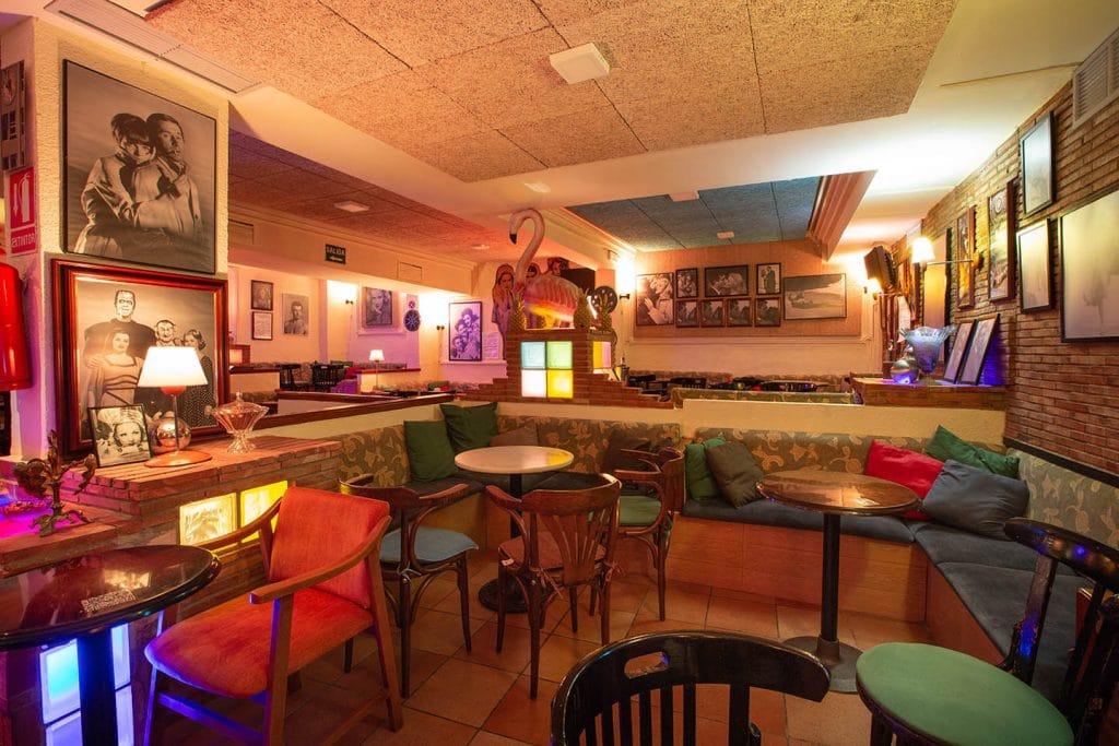 Así es Christopher, el pub más antiguo de Valencia