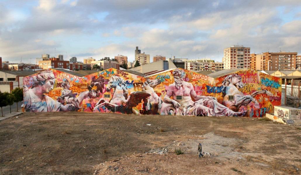 Mural de PichiAvo en Ciudad Fallera