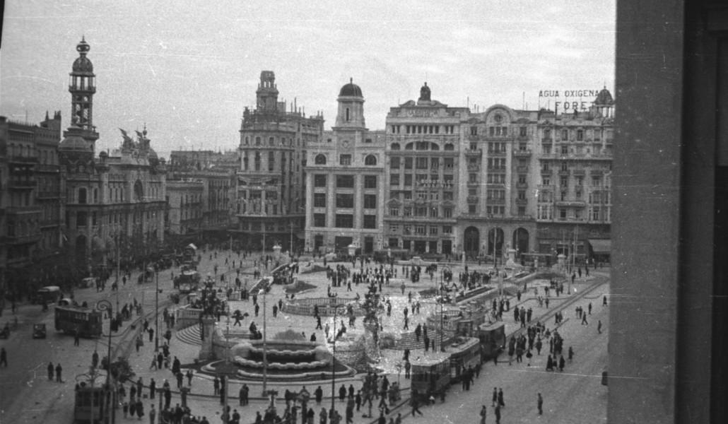 La plaza del Ayuntamiento de Valencia que no conociste