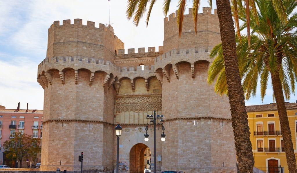mercado medieval torres serranos
