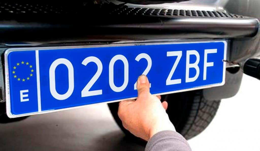 matricula azul coches