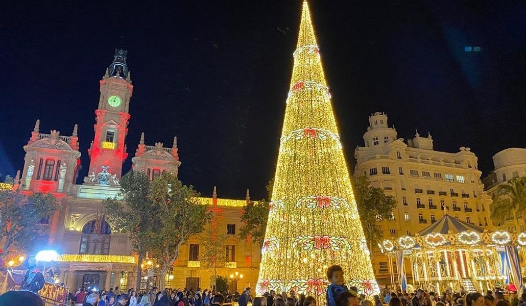La Navidad ya ha llegado a Valencia y estas fotos lo demuestran