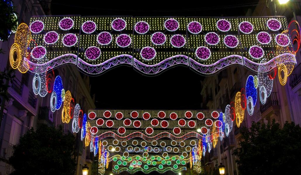 Calles iluminadas y mascletà nocturna: el plan fallero de este fin de semana
