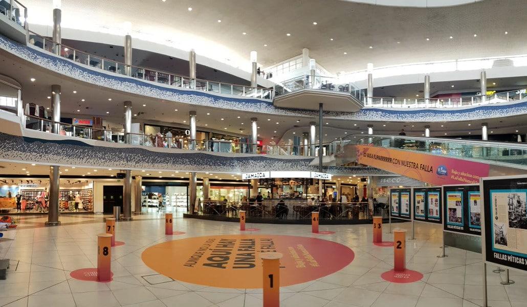 Un centro comercial de Valencia se convierte en una 'escape room' gigante