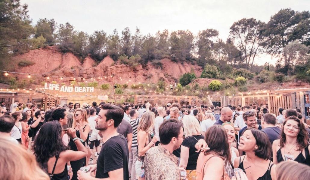 Life And Death: un festival de música electrónica en una casa colonial