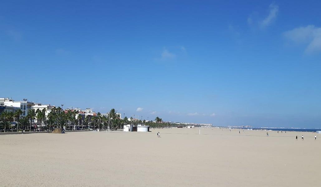 Playa de la Malvarrosa: la más famosa de Valencia