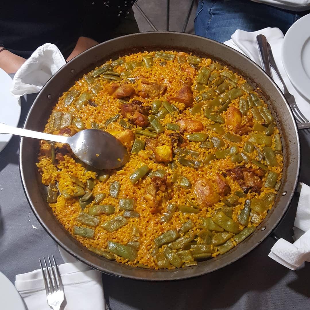 La Cigrona Paella