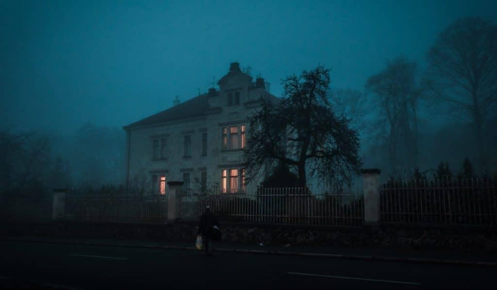 El Orfanato: vive una noche de Halloween en un edificio abandonado