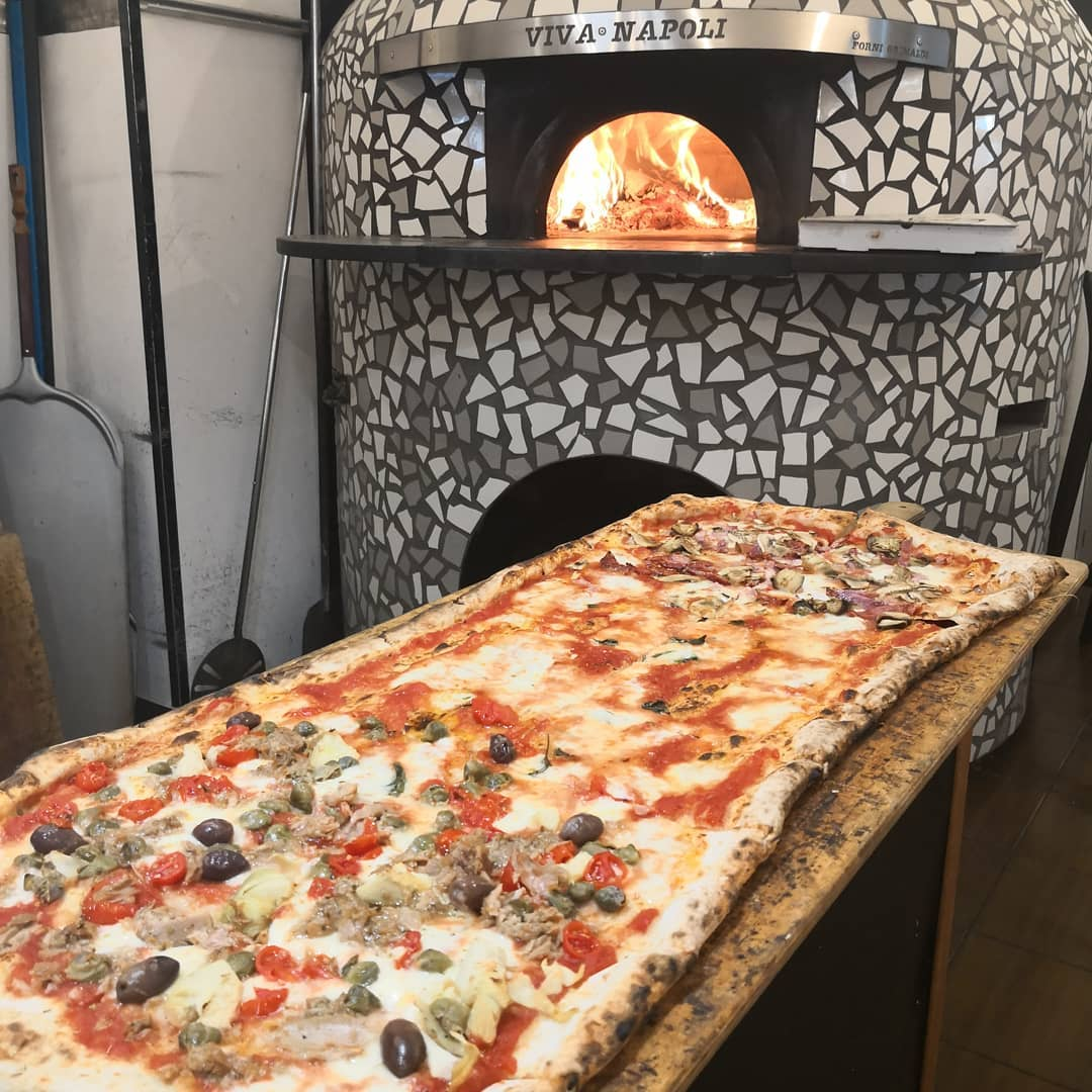 viva napoli pizza un metro
