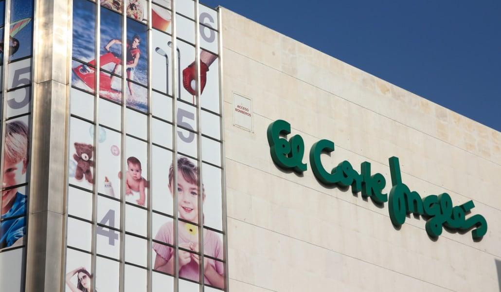 El Corte Inglés cerrará el Centro Comercial Ademuz en Valencia