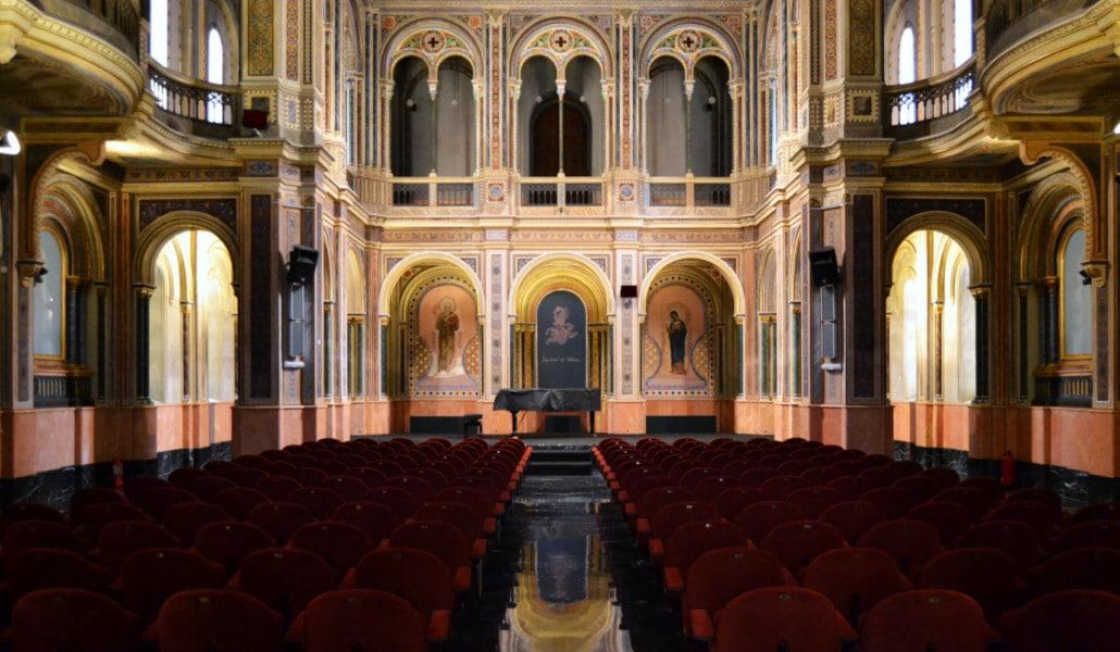 capilla neobizantina valencia beneficencia candlelight