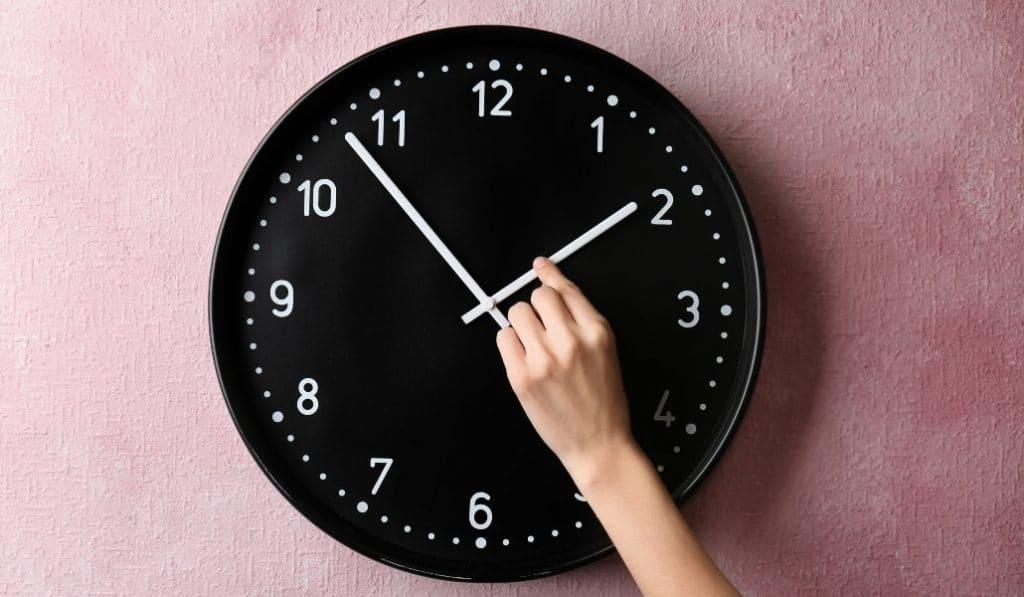 Ya llega el cambio de hora: en la noche del sábado, a las 2:00h serán las 3:00h