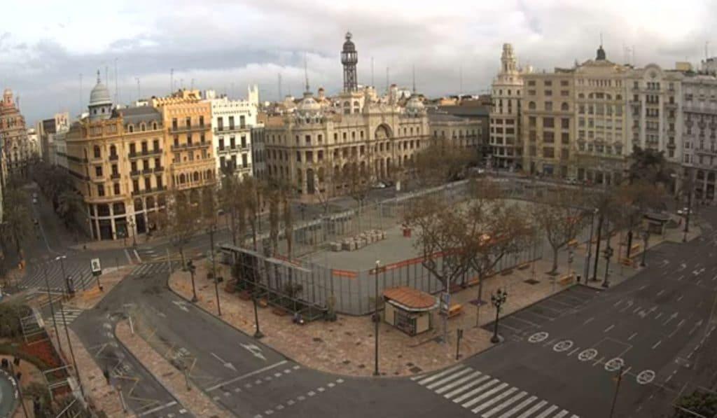 Valencia vacía y en directo: las cámaras que retransmiten la ciudad desierta