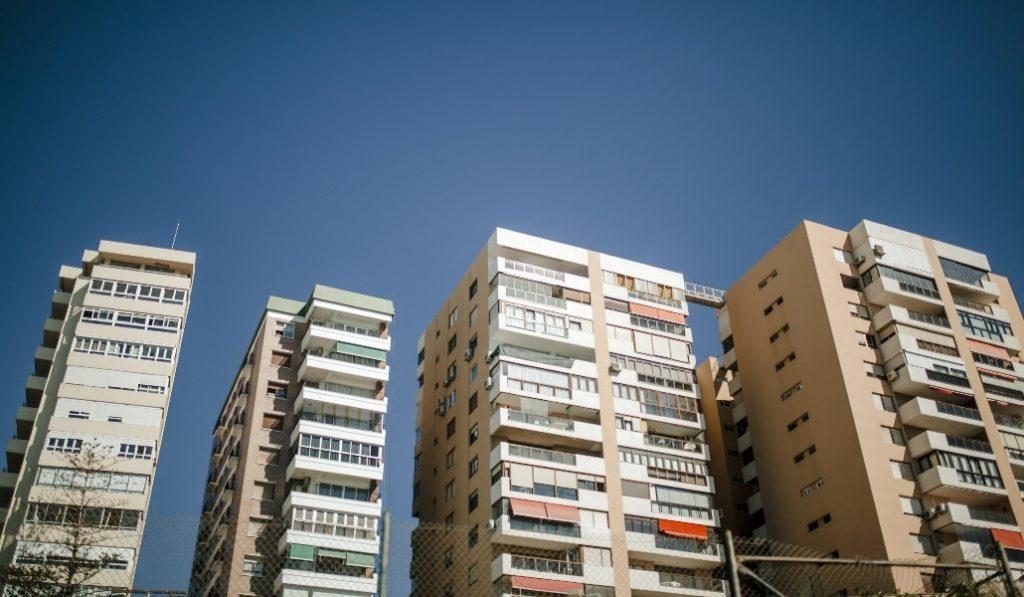 12 cosas extraordinarias que están pasando en los balcones de toda España