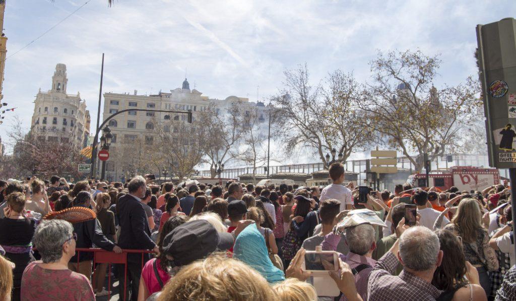 Valencia suspende las Fallas por el coronavirus