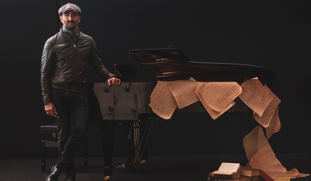 El 'crooner' valenciano Javier Botella homenajea a Sinatra en el Palau de les Arts