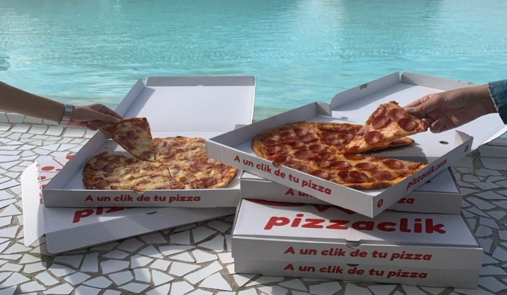 PizzaClik: La única pizza del mundo que llega a tu casa a 82 grados