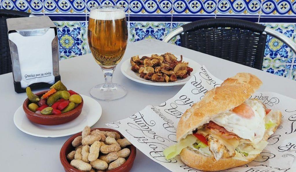 Recetas de bocadillos valencianos: el Chivito