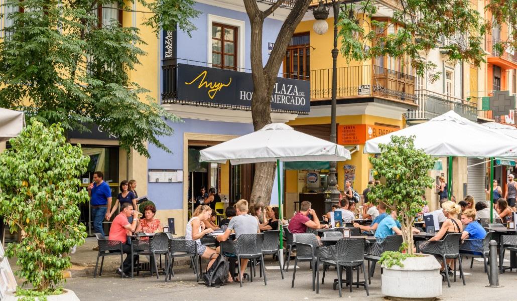 Valencia quiere mantener parte de las actuales terrazas en la calzada