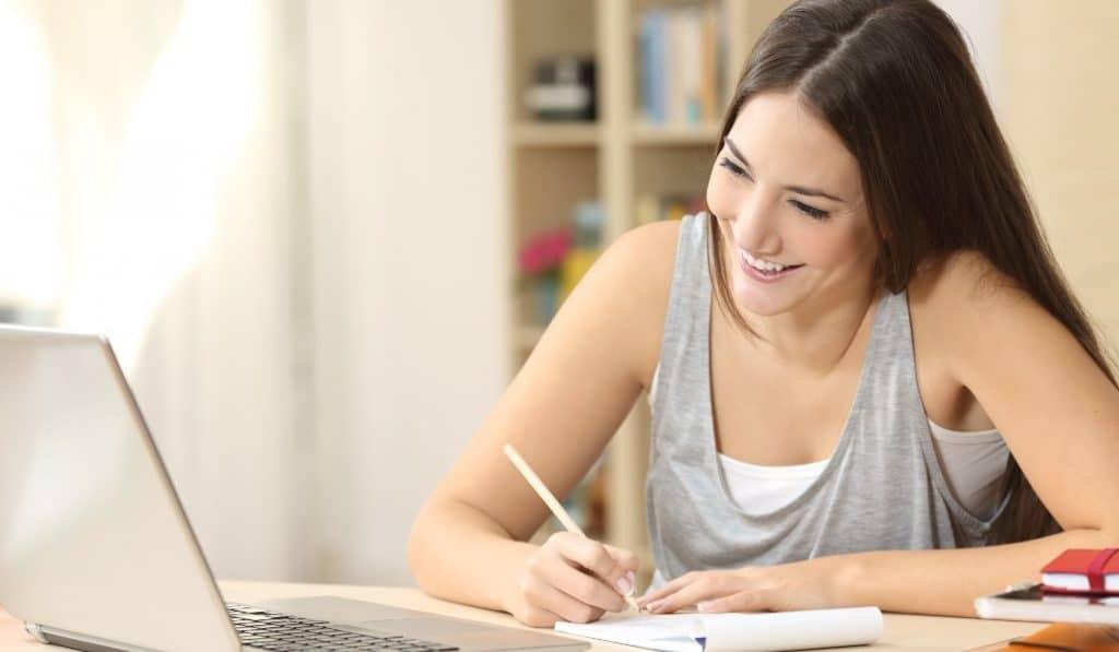 Reactiva tu carrera con estos cursos profesionales online
