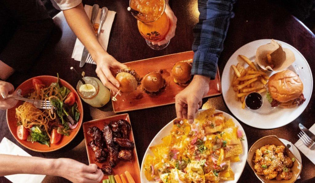 Hard Rock Cafe Valencia: el espacio que une gastronomía y clásicos de la música