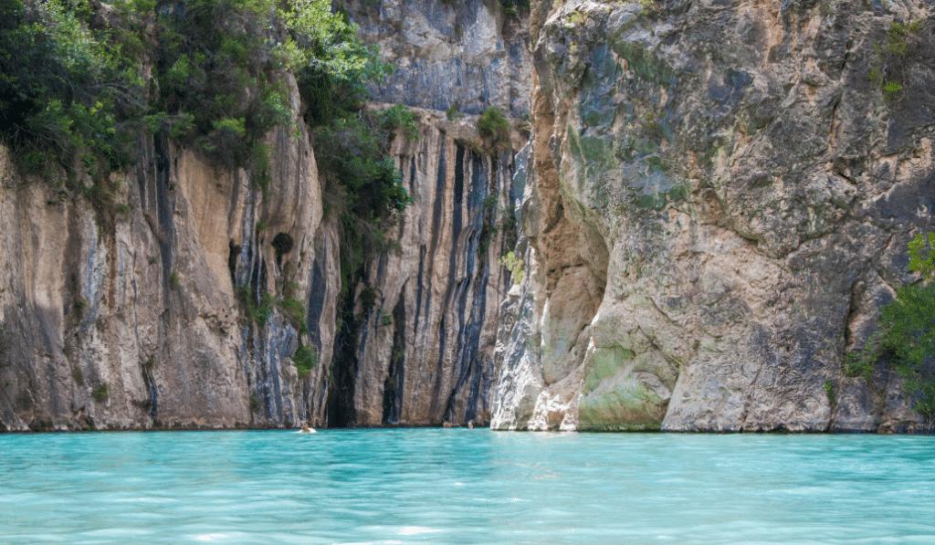 Fuente de Baños de Montanejos: una de las mejores piscinas naturales de la Comunitat Valenciana