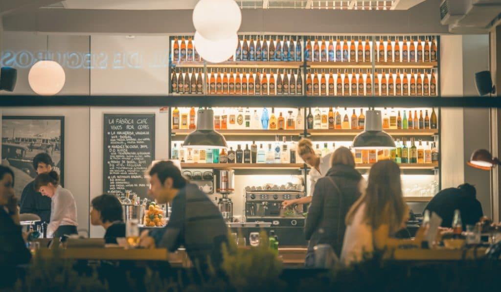 Fase 2: ¿qué se puede hacer ahora en bares y restaurantes?