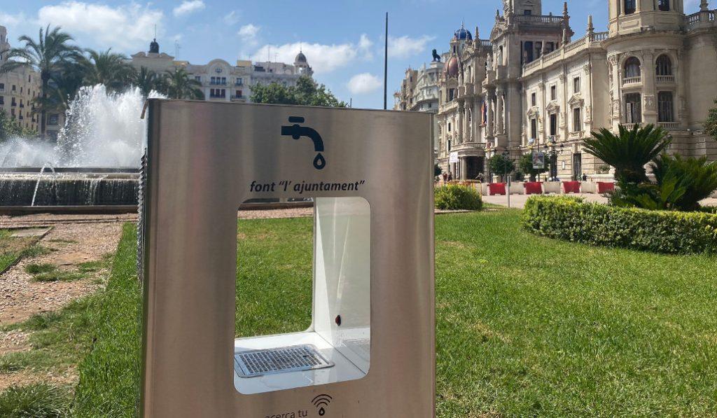 ¿Sabías que Valencia cuenta con fuentes de agua filtrada y refrigerada?