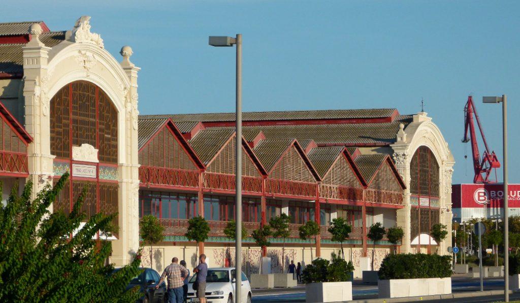Los tinglados: un icono del puerto de Valencia