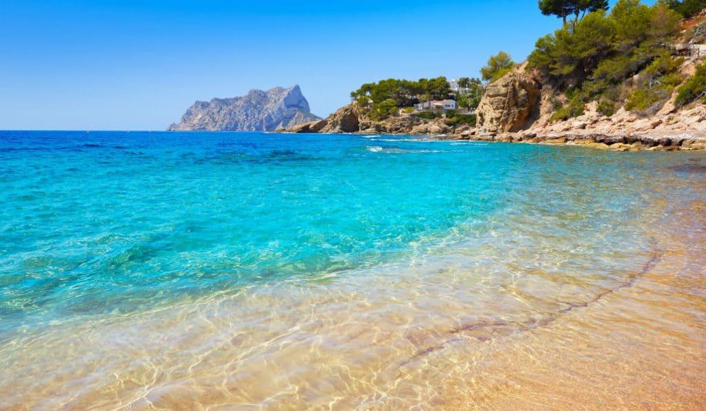 La Generalitat amplía las fechas para pagarte unas vacaciones este 2021
