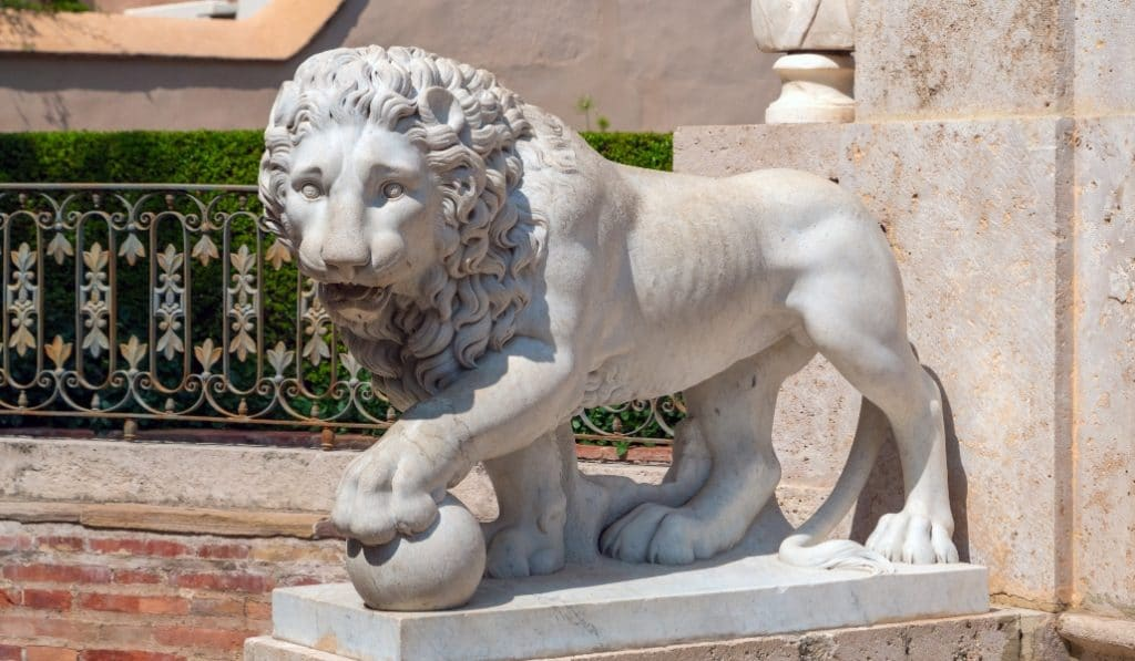 Los leones que rechazó el Congreso están en Valencia