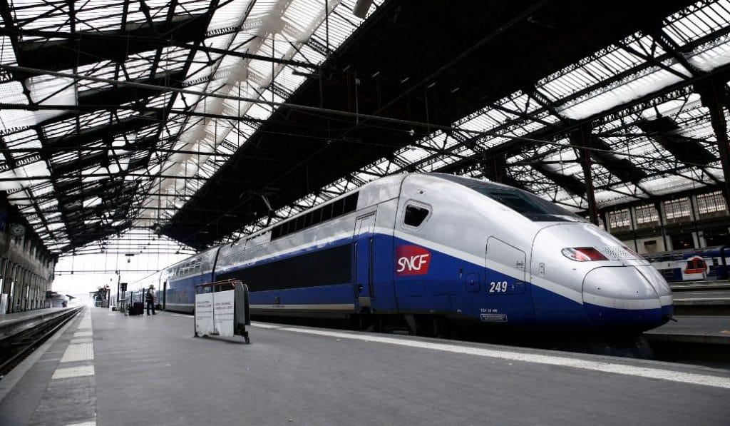 El nuevo AVE 'low cost' será francés y se estrenará en España con billetes a 1 euro